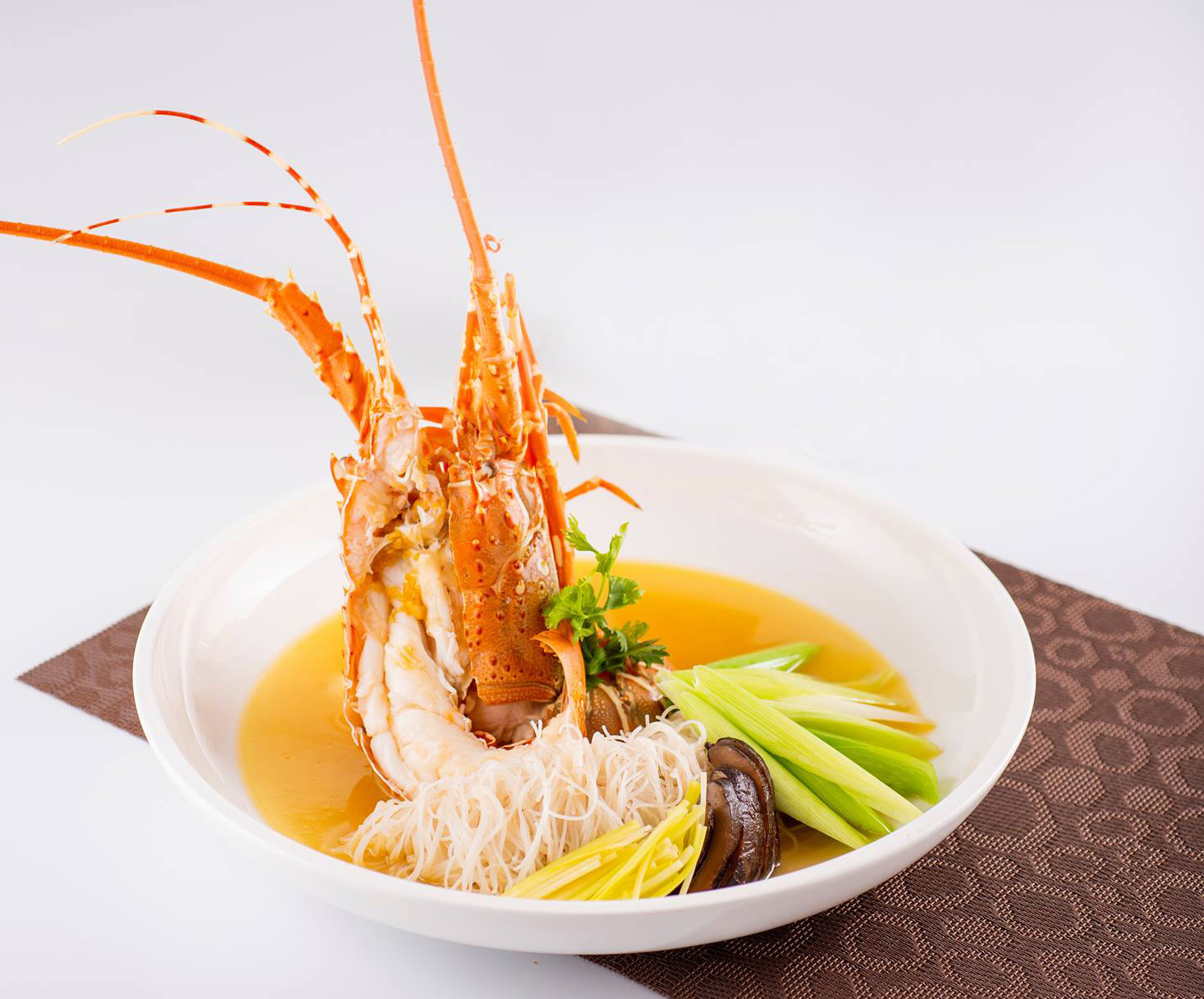 Braised Rice Vermicelli with Local Lobster and Leek in Superior Broth